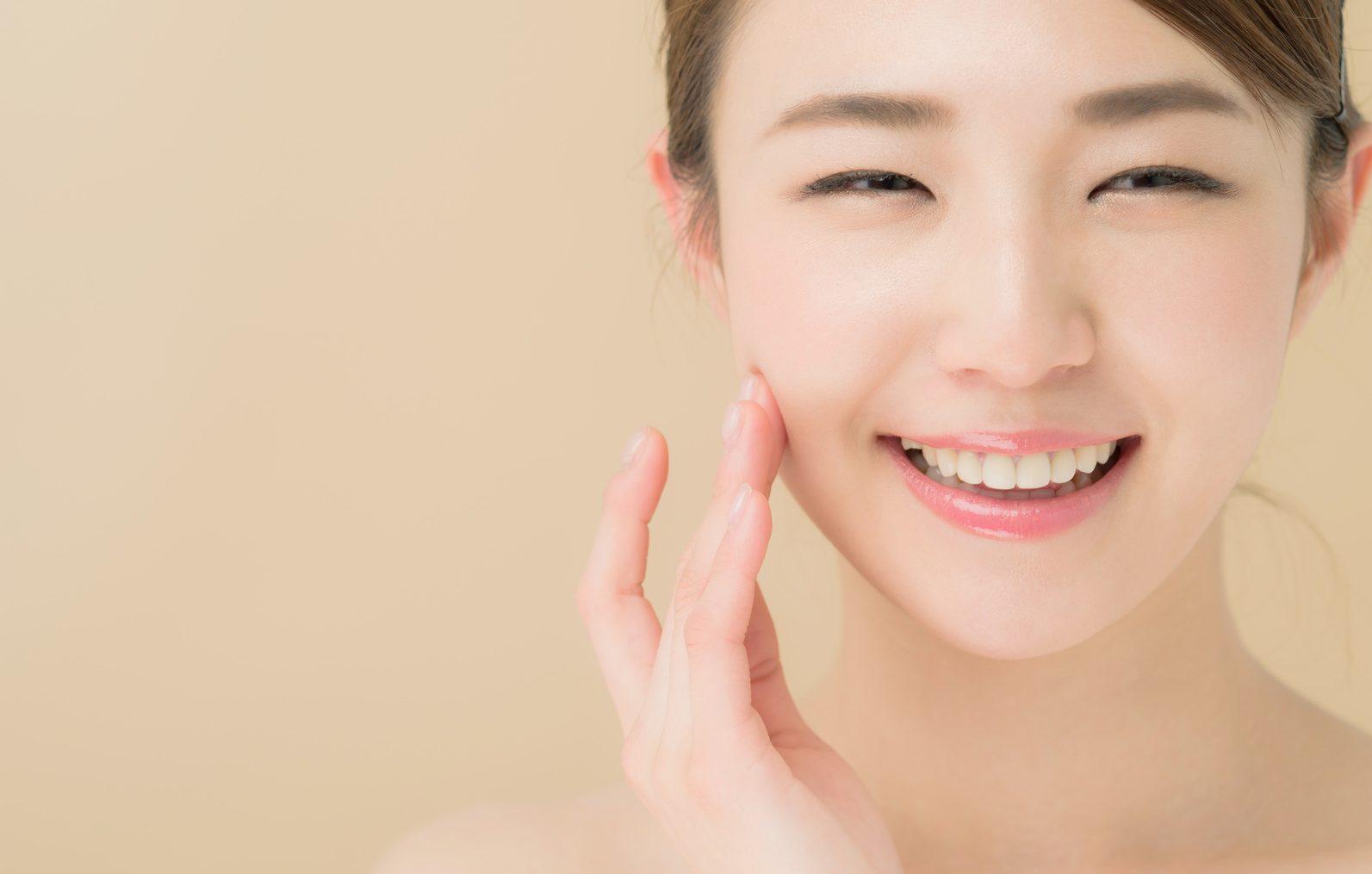 肌のカサカサを治す方法