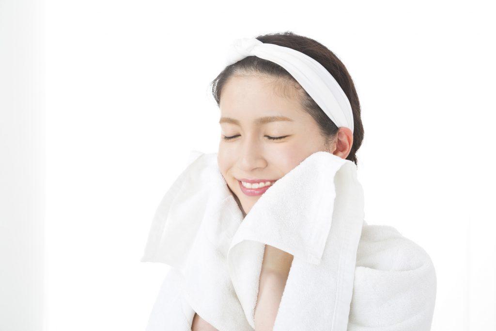 皮脂を守る洗顔が美肌の秘訣