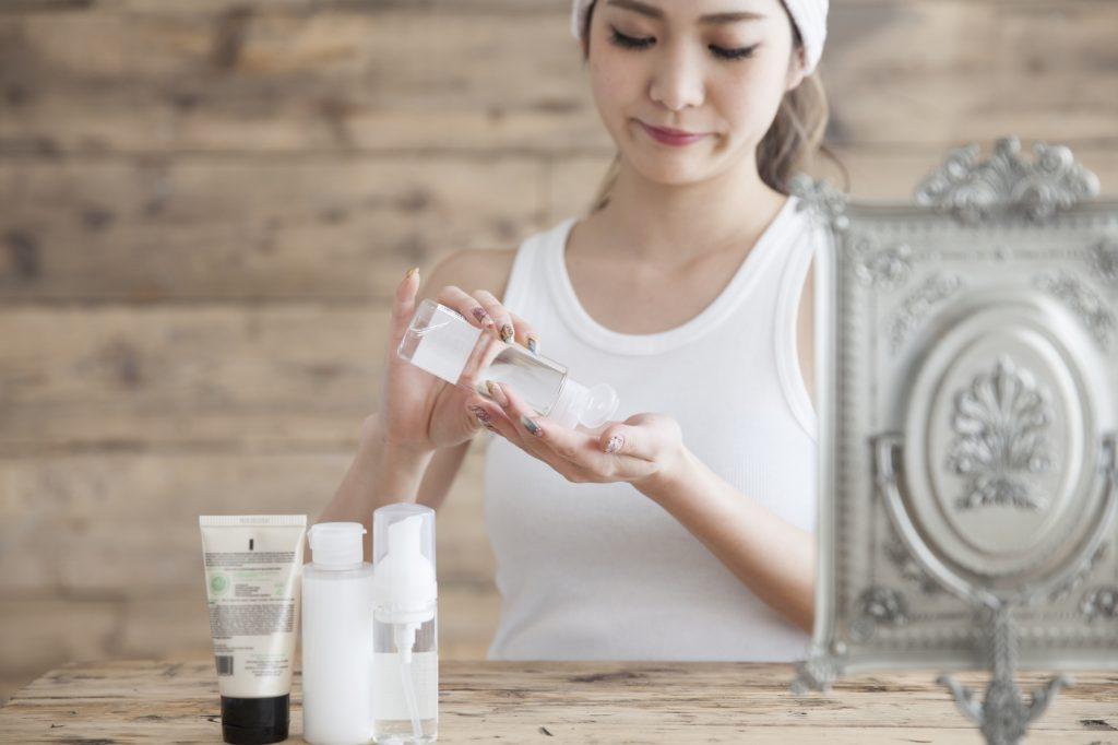 化粧水がスキンケアの効果を上げる