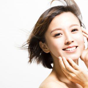 顔のテカリ防止やオイリー肌改善のスキンケア方法